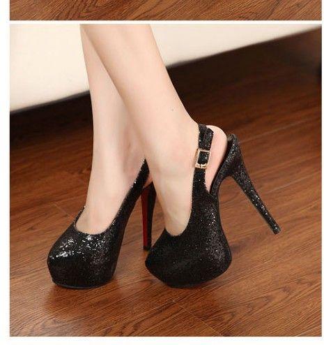 2de8671e7 Sapato alto Preto com Brilho - Tudo de moda